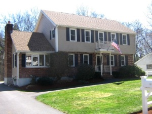 Pawtucketville 3 Bedroom with Finished Basement